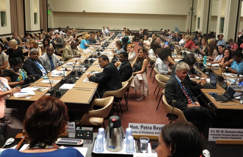 A full room at the IPU side event.