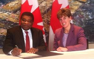 IPU Secretary General Martin Chungong attended a signing ceremony in Ottawa with Canadian International Co-operation Minister Marie-Claude Bibeau.