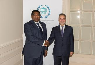 Yemen's Deputy Prime Minister and Minister of Foreign Affairs, Mr. Abdel Malik Al-Mikhlafi and IPU Secretary General Martin Chungong